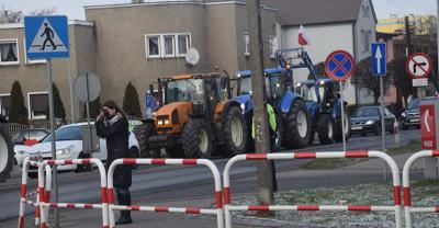 Rolnicy wyjechali na drogi