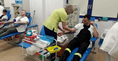Strażacy oddawali krew