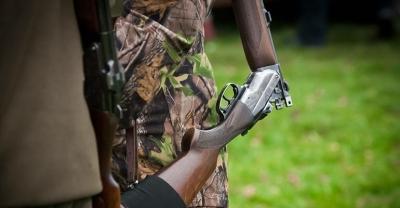 Śmiertelne postrzelenie z broni myśliwskiej